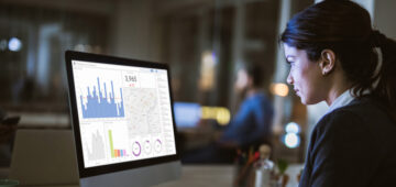Service delivery manager qui analyse des données
